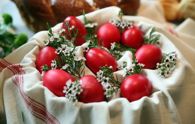 Easter Red Eggs